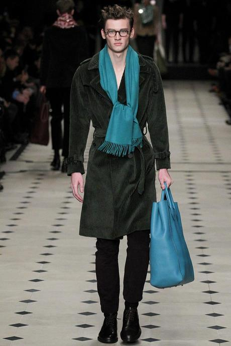 Burberry_Prorsum_fall_winter_2015_glamour_narcotico_lifestyle_and_fashion_blogger (35)