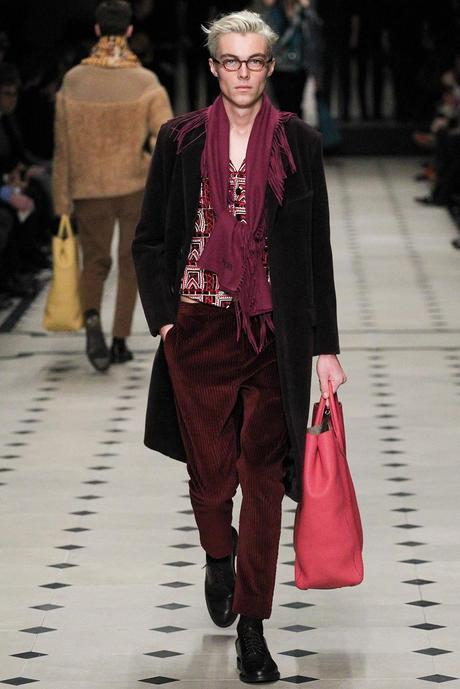 Burberry_Prorsum_fall_winter_2015_glamour_narcotico_lifestyle_and_fashion_blogger (41)