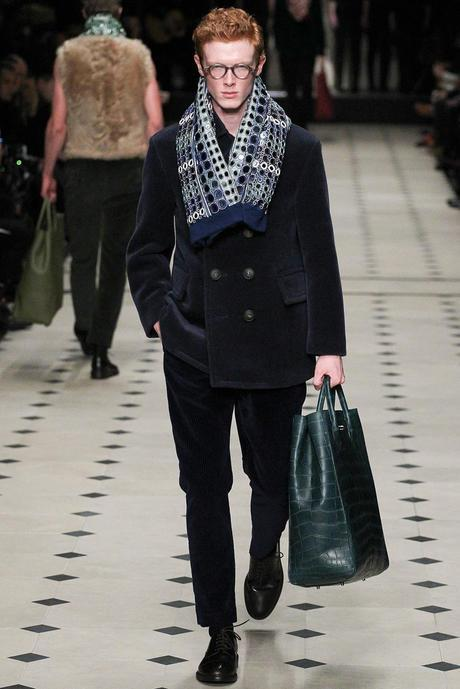 Burberry_Prorsum_fall_winter_2015_glamour_narcotico_lifestyle_and_fashion_blogger (37)
