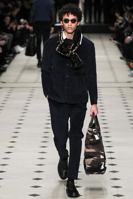 Burberry_Prorsum_fall_winter_2015_glamour_narcotico_lifestyle_and_fashion_blogger (31)