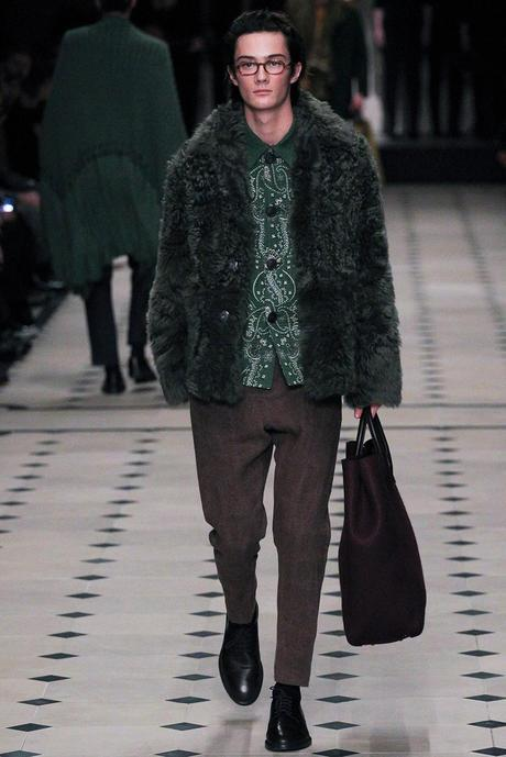 Burberry_Prorsum_fall_winter_2015_glamour_narcotico_lifestyle_and_fashion_blogger (2)