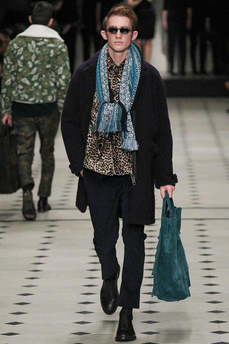 Burberry_Prorsum_fall_winter_2015_glamour_narcotico_lifestyle_and_fashion_blogger (24)