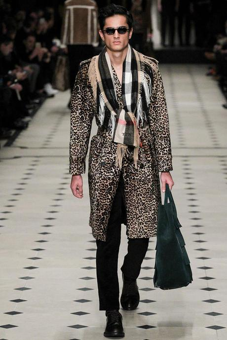 Burberry_Prorsum_fall_winter_2015_glamour_narcotico_lifestyle_and_fashion_blogger (21)