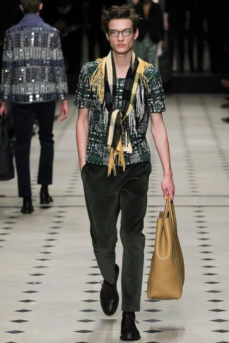 Burberry_Prorsum_fall_winter_2015_glamour_narcotico_lifestyle_and_fashion_blogger (46)