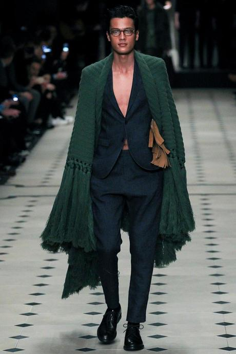 Burberry_Prorsum_fall_winter_2015_glamour_narcotico_lifestyle_and_fashion_blogger (1)