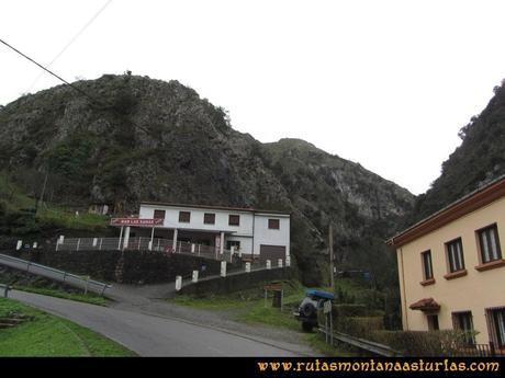 Ruta Xanas, Valdolayés, Peña Rey: Salida del Molín de las Xanas