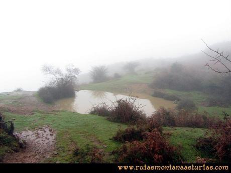 Ruta Xanas, Valdolayés, Peña Rey: Laguna