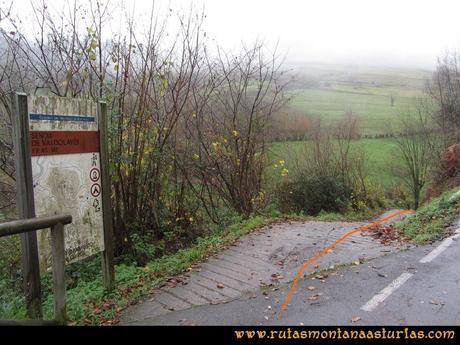 Ruta Xanas, Valdolayés, Peña Rey: Inicio de la Senda de Valdolayés