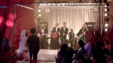 Maroon 5 de boda en boda y me cuelo porque toco