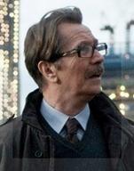 James Gordon es el prototipo de héroe que asiste al superhéroe. Acaso más de un argentino piense en este personaje secundario de Batman cuando reclama por alguien capaz de rescatar al país de la mafia K.