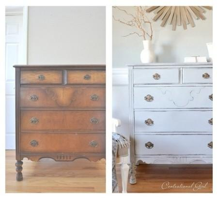 Dando un toque vintage a tus muebles con chalk paint small lowcost paperblog for Painting pine bedroom furniture white