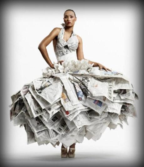 20 espectaculares vestidos hechos con libros - Paperblog