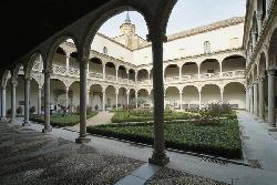 Un hospital que inauguraba una nueva era en el siglo XVI: Hospital de la Santa Cruz de Toledo