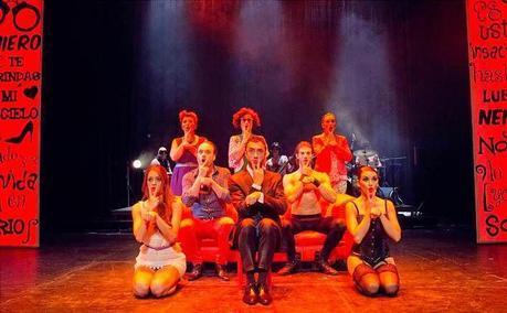 50 sombras... El Musical [TEATRO] ... Sensualidad disparatada.