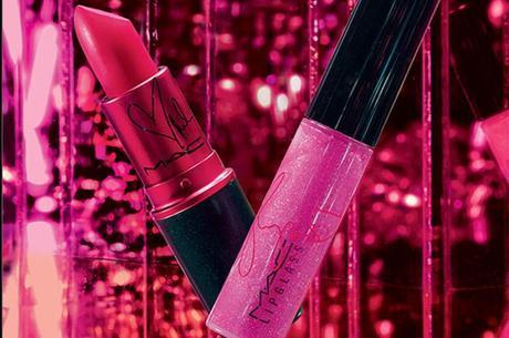 Lipstick y Tinted Lipglass Viva Glam y Miley Cyrus de MAC, Las botas de Nancy Sinatra