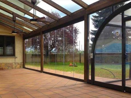Cortinas de cristal cerramientos de terrazas invisibles - Invernadero en terraza ...