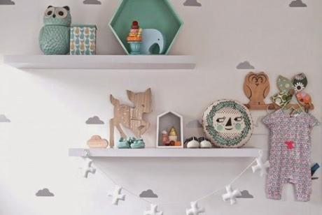 Como decorar en turquesa y gris una habitaci n de beb for Estanterias habitacion infantil