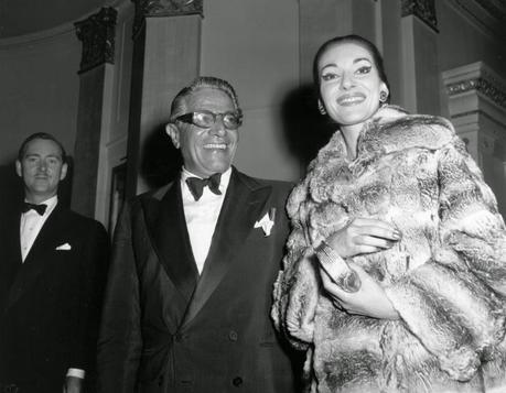 maria calais as a diva essay La divina redux a book devoted to pictures of maria callas: the life of a diva in unseen pictures crutchfield's brilliant new yorker essay.