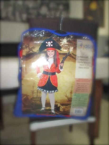 disfraz, disfraz de pirata, disfraces infantiles, disfraz de adulto, disfraz halloween, disfraz navidad, disfraz carnaval, accesorios, maquillaje