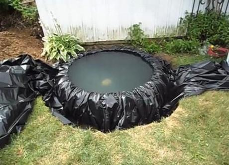 Diy c mo hacer un estanque con una llanta paperblog for Bordillos de plastico para jardin