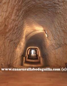 Alcala del Jucar-Cueva del diablo