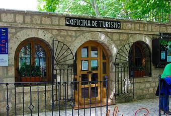 Oficina de turismo de alcal del j car paperblog for Oficina de turismo alcala de henares
