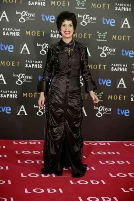 peor vestida goya 2015