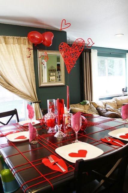 Decoraci n rom ntica con corazones y rosas para 14 de - Decoracion cena romantica ...