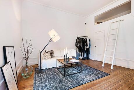 Un apartamento con la cama en un altillo paperblog Apartamentos con altillo