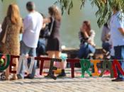 Tejiendo Ciudad Puente Triana. Sevilla Octubre 2013
