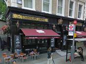 Londres: Taberna típica STANHOPE ARMS
