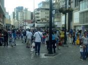 RECREO Bulevar Sabana Grande alrededores personas disfrutan carnaval