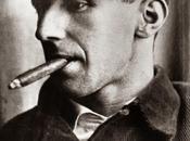 Buenas noches: Bertolt Brecht: Organización Sobre existe dios: