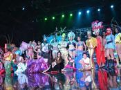 Celebra tradicional noche carnaval dominicano