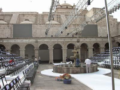 Claustro de la Iglesia de La Compañía, Arequipa, Perú, La vuelta al mundo de Asun y Ricardo, round the world, mundoporlibre.com