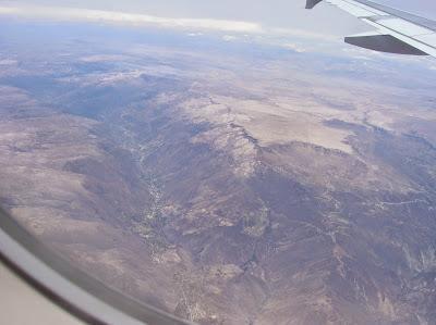 Valle en los Andes, Perú, La vuelta al mundo de Asun y Ricardo, round the world, mundoporlibre.com