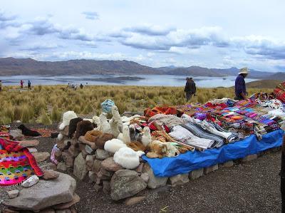 Lago de Lagunillas, Santa Lucía, Perú, La vuelta al mundo de Asun y Ricardo, round the world, mundoporlibre.com