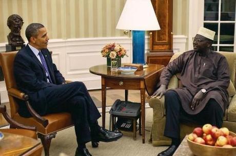 El hermano de Obama, Malik es terrorista
