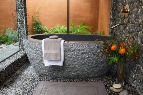 Fotos ba os decorados con piedra paperblog for Patios pequenos decorados con piedras