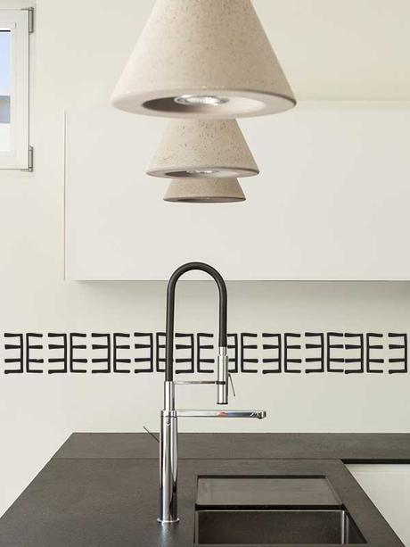 C mo redecorar la cocina con un sencillo gesto paperblog - Cambiar cocina con vinilo ...