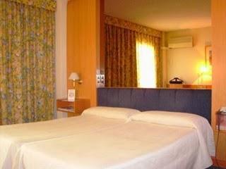 El Desafío de Reservar un Hotel (2)