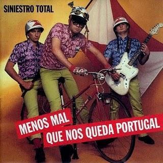 Los Mundos De Jairo propone: Siniestro Total - Menos Mal Que Nos Queda Portugal (1984)