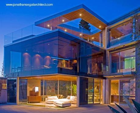 Dise os y estilos de casas modernas paperblog for Houses with basements in california