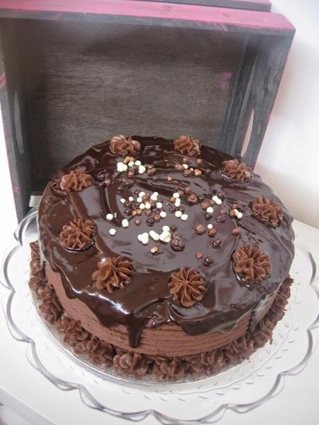LAYER CAKE TRES CHOCOLATES