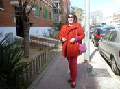 Look color block Rojo, naranja púrpura