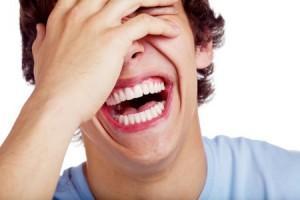 Chico riéndose