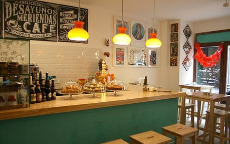 La fiambrera cafeter a galer a de arte y tienda de for Diseno de cafeterias pequenas