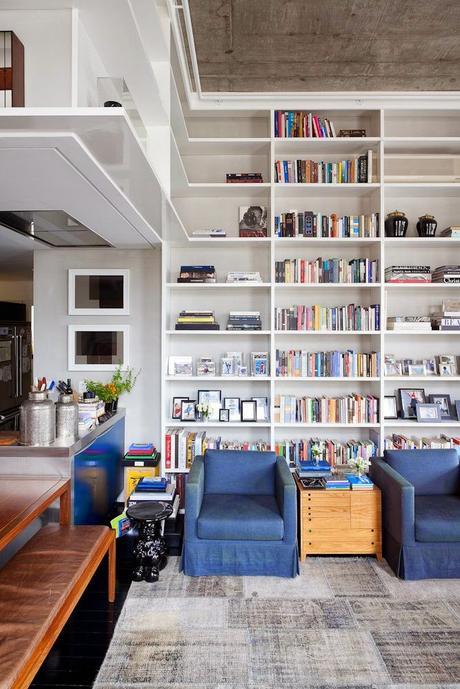 Decoraci n con estanter as de libros paperblog for Decoracion estanterias