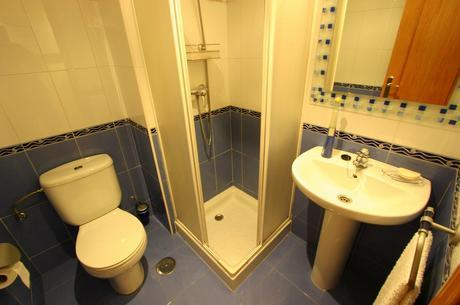baño piso venta montevil