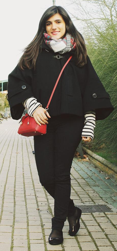 Cape & Stripes & Scarf (OOTD)